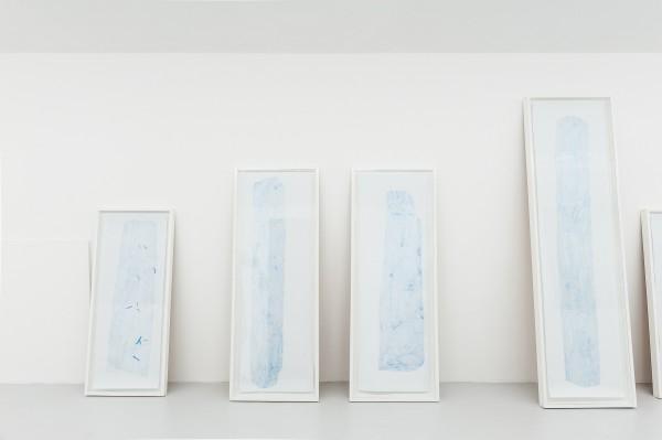 Relevé BKY#1,crayon bleu sur canson, 122x46cm, 2013 -- Relevé #1 et #2, crayon bleu sur canson, 150x50cm, 2013 -- Relevé BKY#7, crayon bleu sur canson, 180x35cm, 2013