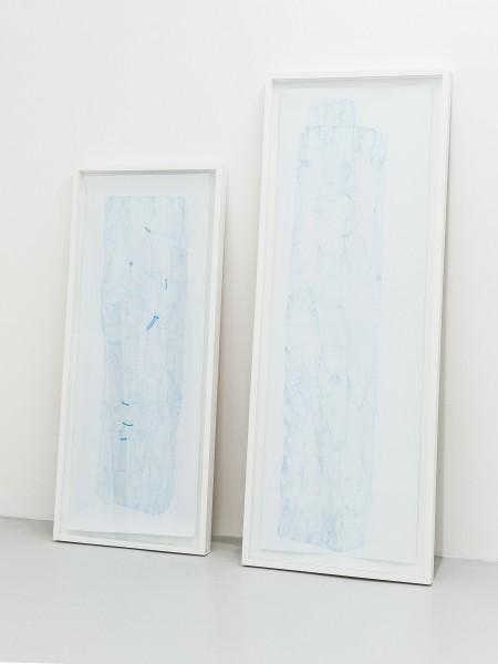 Relevé BKY#6, crayon bleu sur canson, 122x46cm, 2013 -- Relevé #4, crayon bleu sur canson, 150x50cm, 2013