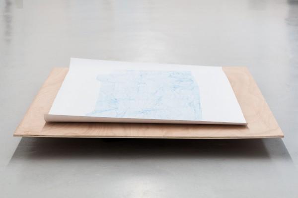 Relevé #9, crayon bleu sur canson,150x96cm, 2013